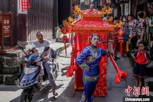 中外摄影师走进四川蓬安 盛赞生态人文魅力