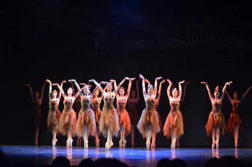 """由中国辽宁芭蕾舞团耗时三年打造的芭蕾舞剧""""花木兰"""",7日到美东巡演的最后一站华盛顿。(美国《世界日报》/罗晓媛 摄)"""