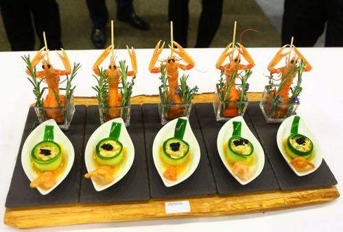 中国侨网资料图片:一场中国烹饪世界大赛上的参赛美食。新华社记者龚兵摄